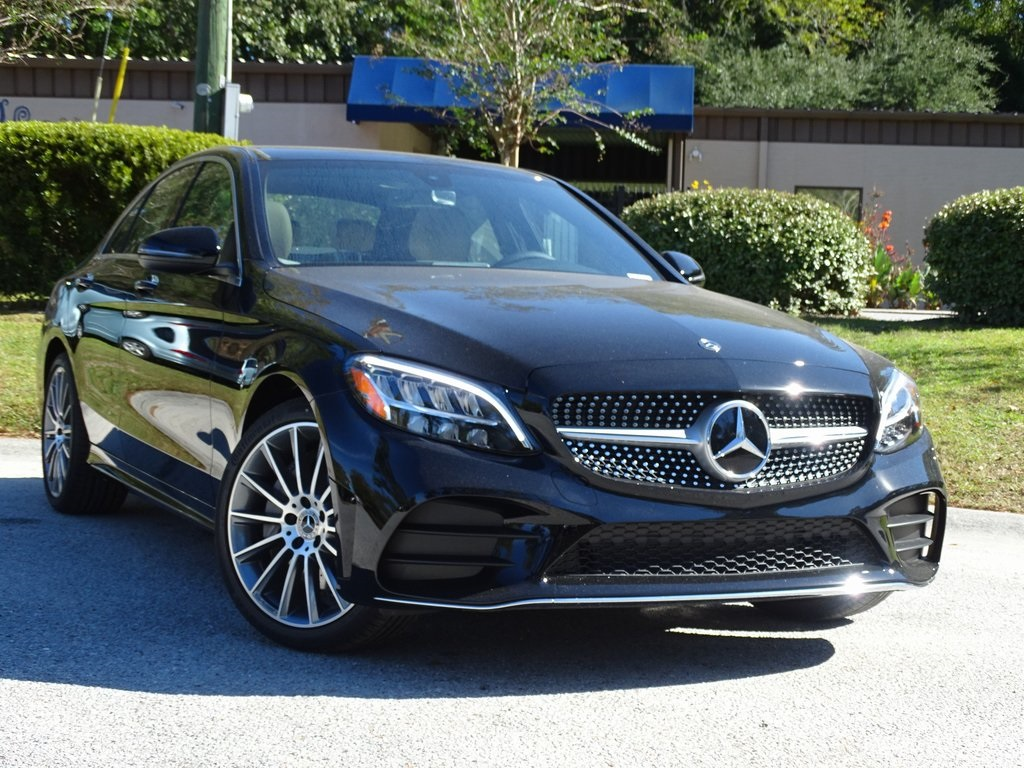 Pre-Owned 2019 Mercedes-Benz C300
