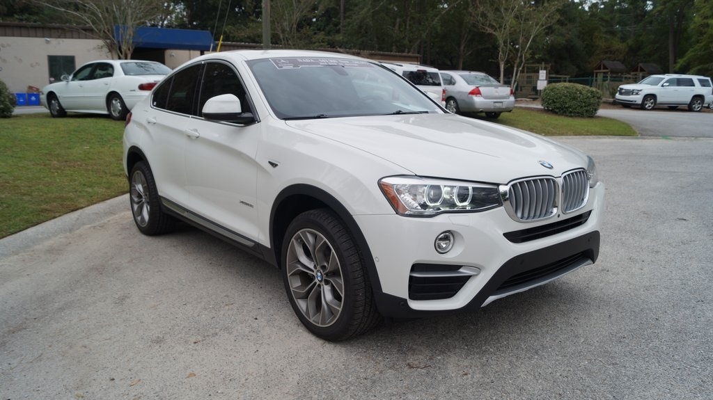 Pre-Owned 2018 BMW X4 xDrive28i