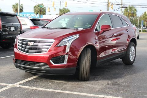 Pre-Owned 2017 Cadillac XT5 Base